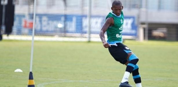 Sem Ramiro e Maicon, Jailson (foto) deve ser titular do Grêmio em Chapecó