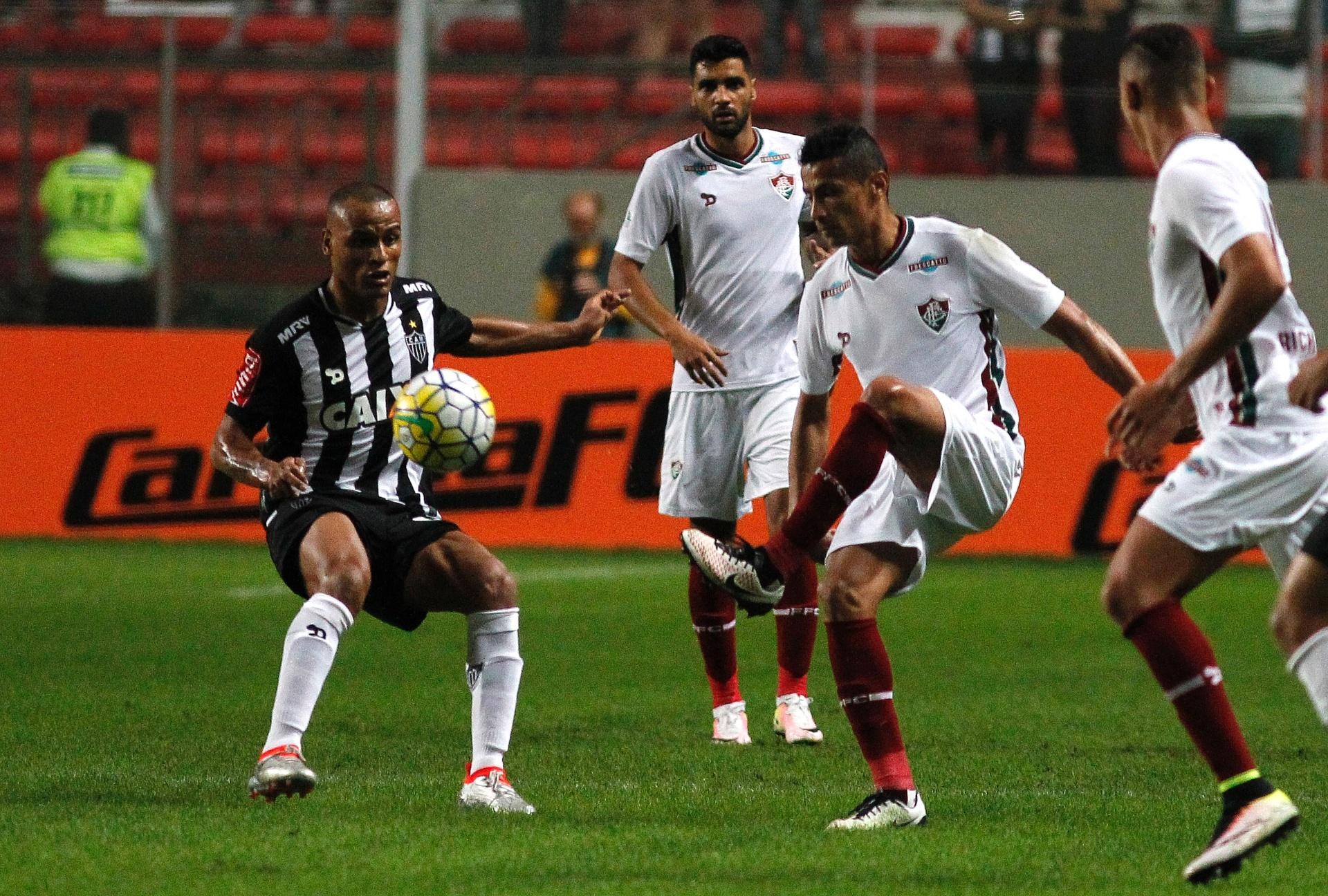 4650715562 Atlético-MG e Fluminense apenas empatam e ficam mais longe dos líderes -  01 06 2016 - UOL Esporte