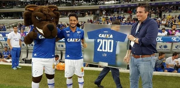 Em 2016, Léo completou 200 jogos com a camisa do Cruzeiro, mas perdeu espaço no time