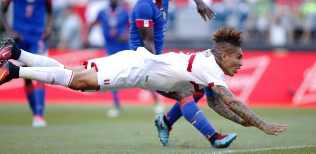 O atacante Guerrero durante participação na Copa América Centenário com o Peru