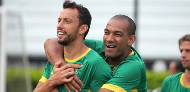 Nenê (35) e Rodrigo (36) são os dois mais velhos do elenco e seguem com contrato