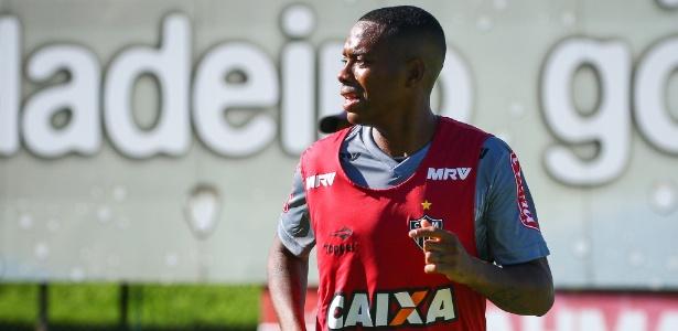 Robinho deve estrear na temporada 2017 neste domingo, contra o América-MG