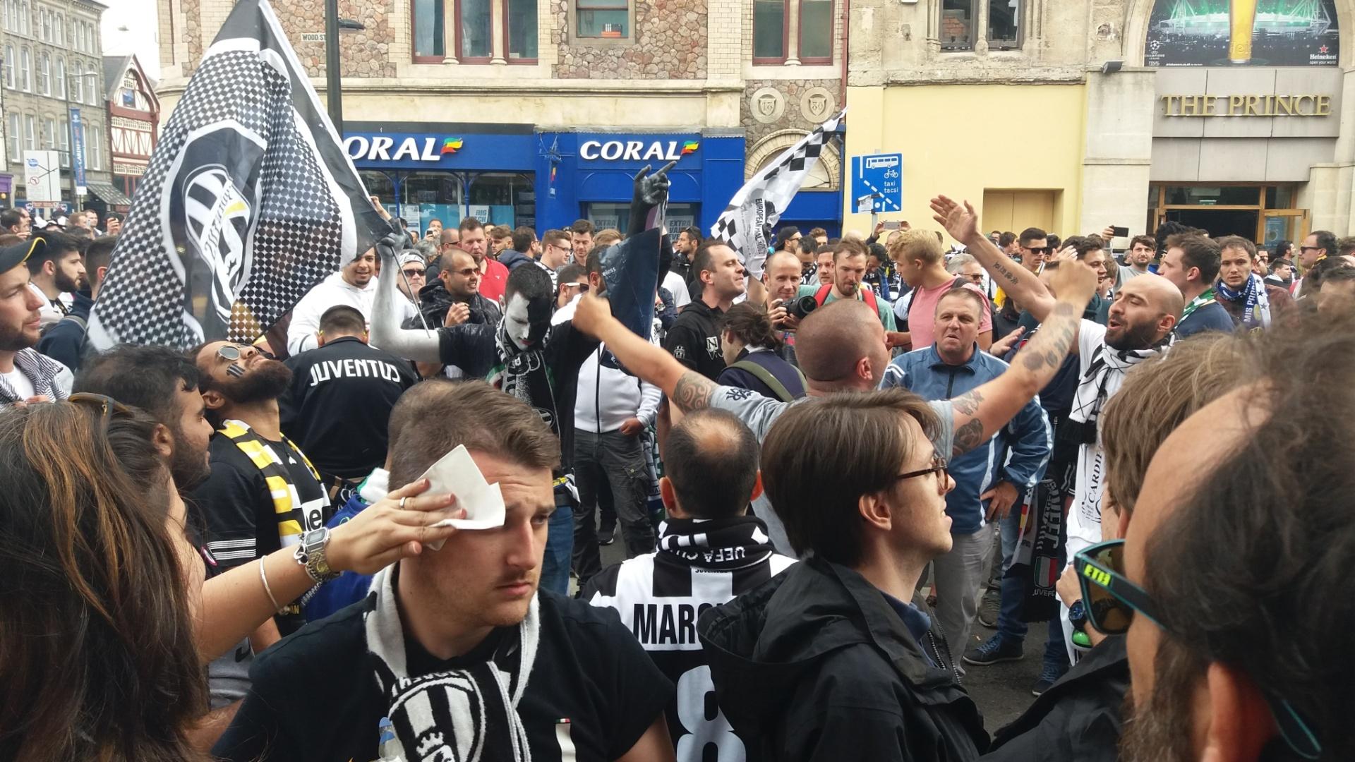 Torcedores da Juventus madrugaram em Cardiff antes da final