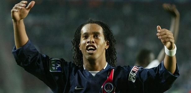 Lance ocorreu nos tempos de PSG de Ronaldinho