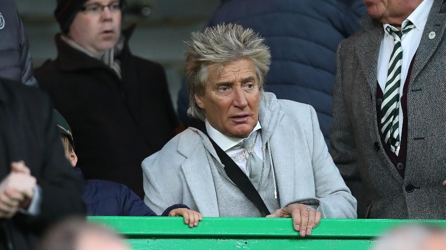 Cantor Rod Stewart acompanha partida do Celtic - Ian MacNicol/Getty Images
