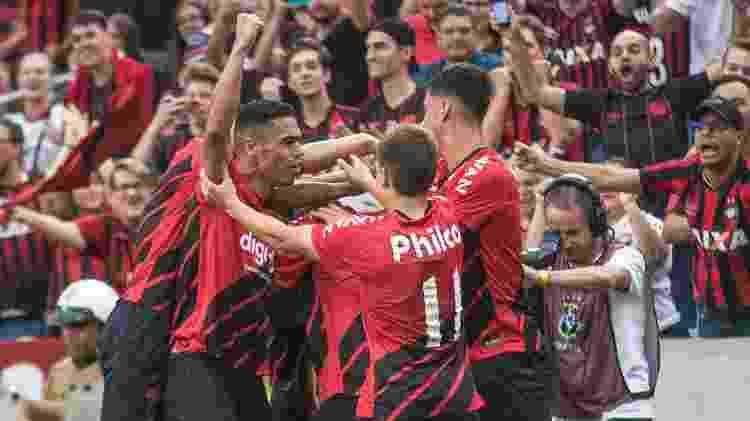 Athletico comemora gol na final do cearense - Gabriel Machado/AGIF - Gabriel Machado/AGIF