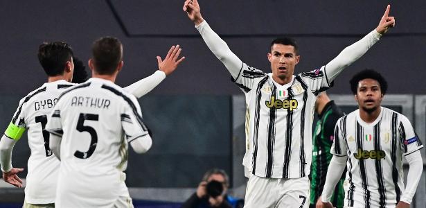CR7 marca, e Morata dá virada à Juventus contra Ferencvaros na Champions