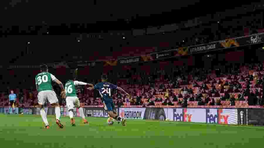 Arsenal x Rapid Viena é o primeiro jogo grande com volta de público aos estádios, no Emirates Stadium - Mike Hewitt/Getty Images