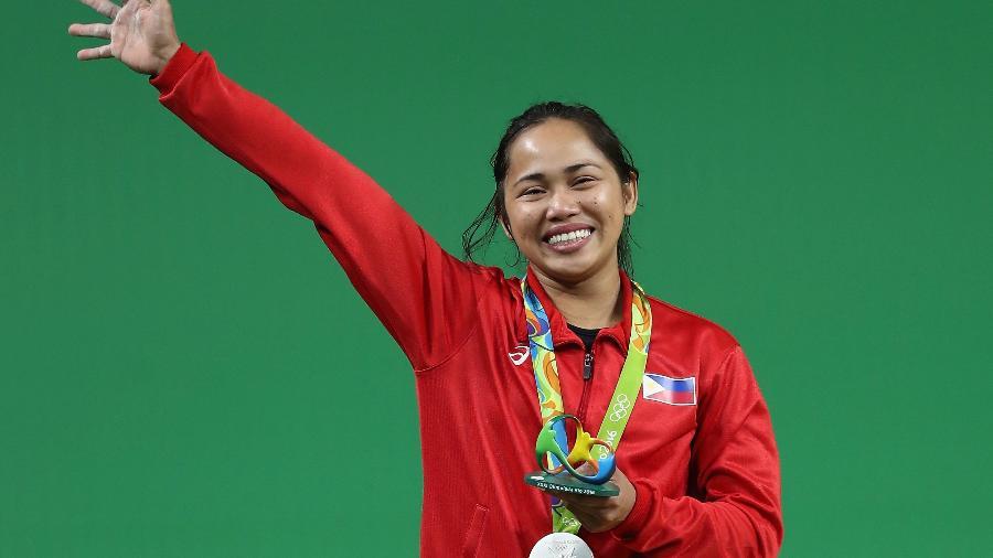 A levantadora de peso Hidilyn Diaz conquistou a primeira medalha de ouro da história das Filipinas - Lars Baron/Getty Images
