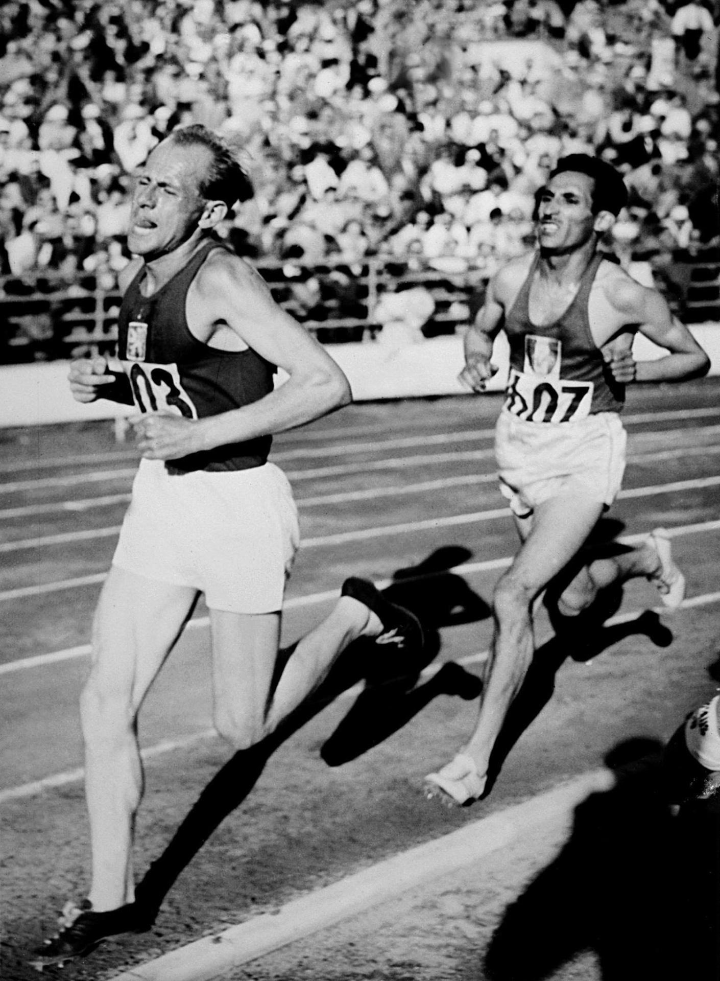 Emil Zatopek nos Jogos Olímpicos de Helsinque-1952