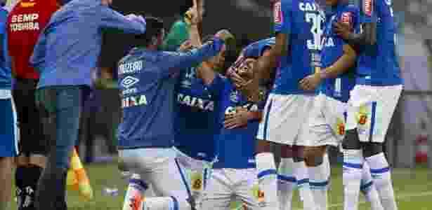 Willian comemora - Washington Alves/Light Press/Cruzeiro - Washington Alves/Light Press/Cruzeiro
