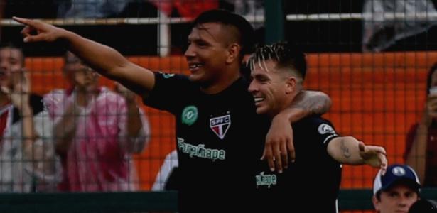 Camisas preta e verde foram usadas pelo São Paulo na goleada sobre o Santa Cruz  - Jales Valquer/FotoArena/Estadão Conteúdo