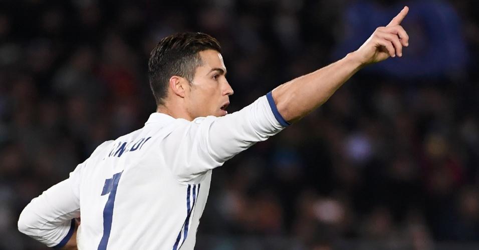 Cristiano Ronaldo comemora o gol de empate do Real Madrid no segundo tempo