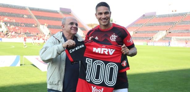 Paolo Guerrero encerrará em breve a história como jogador do Flamengo