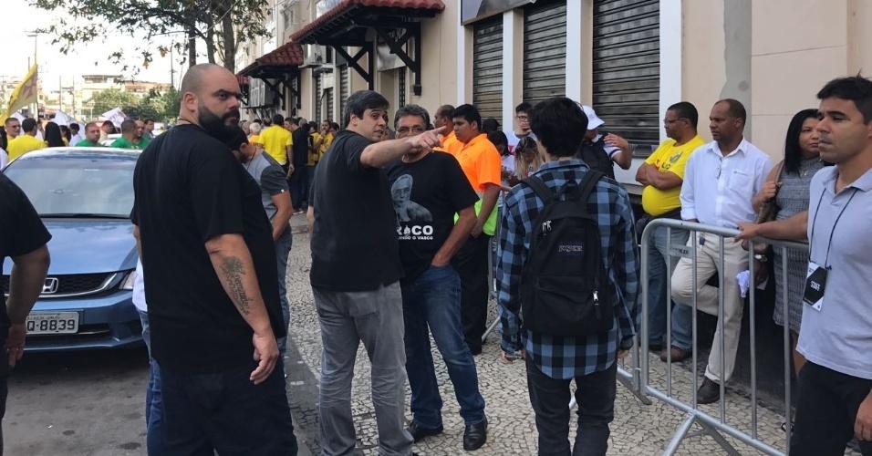 Euriquinho, vice-presidente de futebol e filho de Eurico, participa da organização do pleito no Vasco