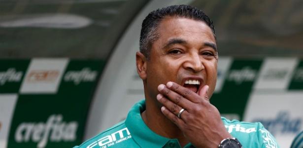Na dúvida? Roger não confirmou escalação para jogo em Ribeirão Preto