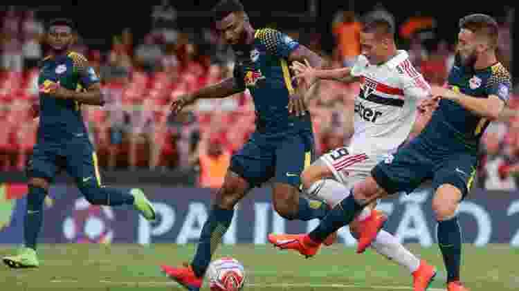 Antony contra o RB Brasil - Marcello Zambrana/AGIF - Marcello Zambrana/AGIF