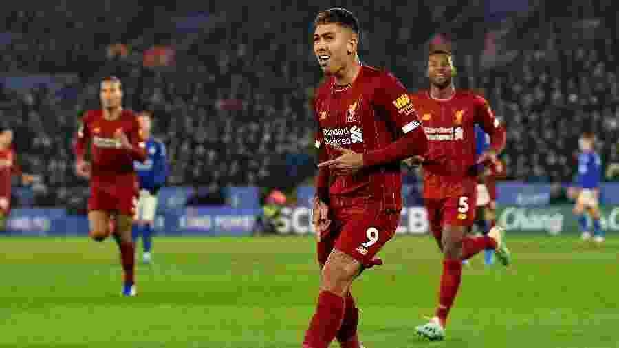 Roberto Firmino comemora gol do Liverpool contra o Leicester - Andrew Powell/Liverpool FC via Getty Images