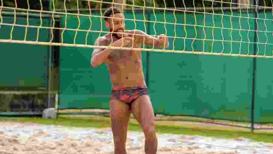 Neymar durante treinamento de futevôlei, em casa, no Brasil - Divulgação/neymarjr.com
