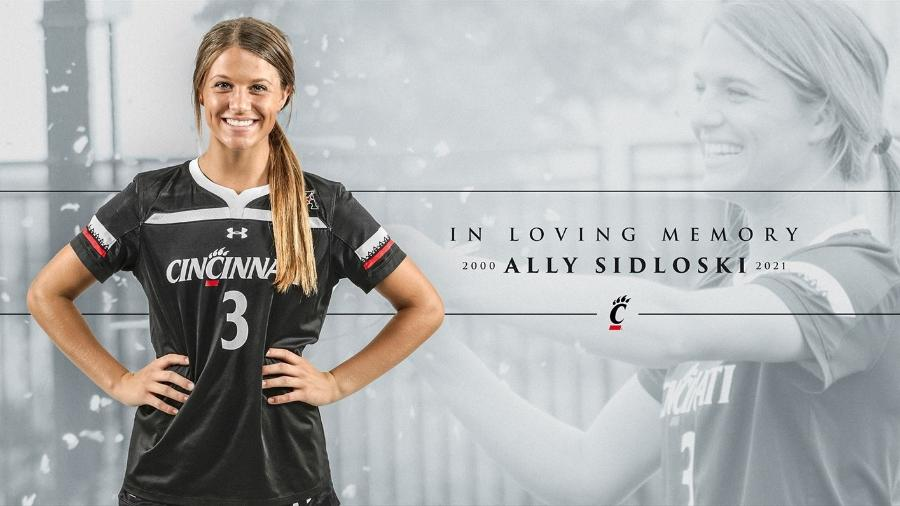 Ally Sidloski, jogadora de futebol da Universidade de Cincinnati, morreu aos 21 anos - Divulgação/Universidade de Cincinnati