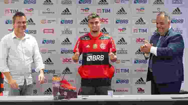 Na apresentação de Andreas Pereira, Bruno Spindel e Marcos Braz falaram sobre as expectativas com a chegada do atleta - Alexandre Vidal/Flamengo - Alexandre Vidal/Flamengo