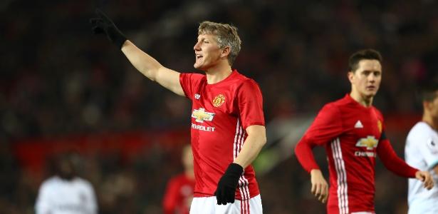 O alemão Bastian Schweinsteiger em ação durante jogo do Manchester United no último dia 30 de novembro