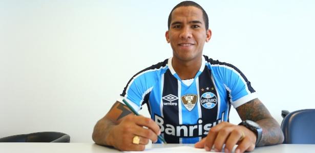Jael assina com o Grêmio até o fim da temporada 2017 e perderá meio ano - Lucas Uebel/Grêmio.