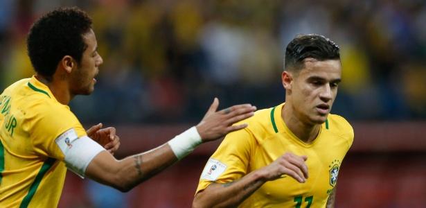 philippe coutinho marca o primeiro gol do brasil contra o paraguai 1490753125375 615x300 - Com novo brilho de Neymar, Brasil vence Paraguai e se classifica para Copa