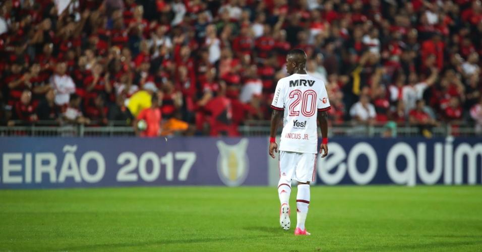 Joia do Flamengo, Vinicius Júnior teve boa atuação contra a Ponte Preta