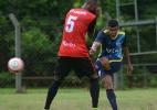 Meia do Cruzeiro é inscrito pelo Atlético-PR e reforça equipe no Estadual - Gustavo Oliveira/Londrina EC