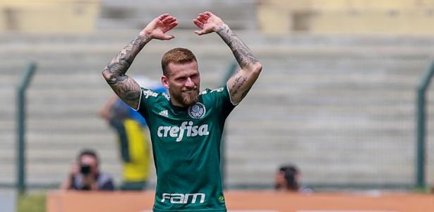Lucas Lima comemora gol contra o Cruzeiro no Pacaembu