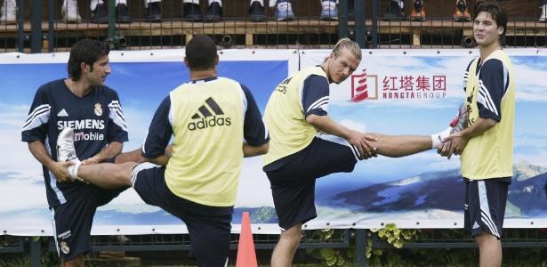 Solari (dir) aquecia com Beckham e brincava com Ronaldo e Figo - Alex Livessey/Getty Images