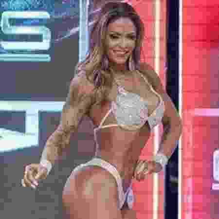 Yara Silva, vice-campeã sul-americana de fisiculturismo - Reprodução/Facebook