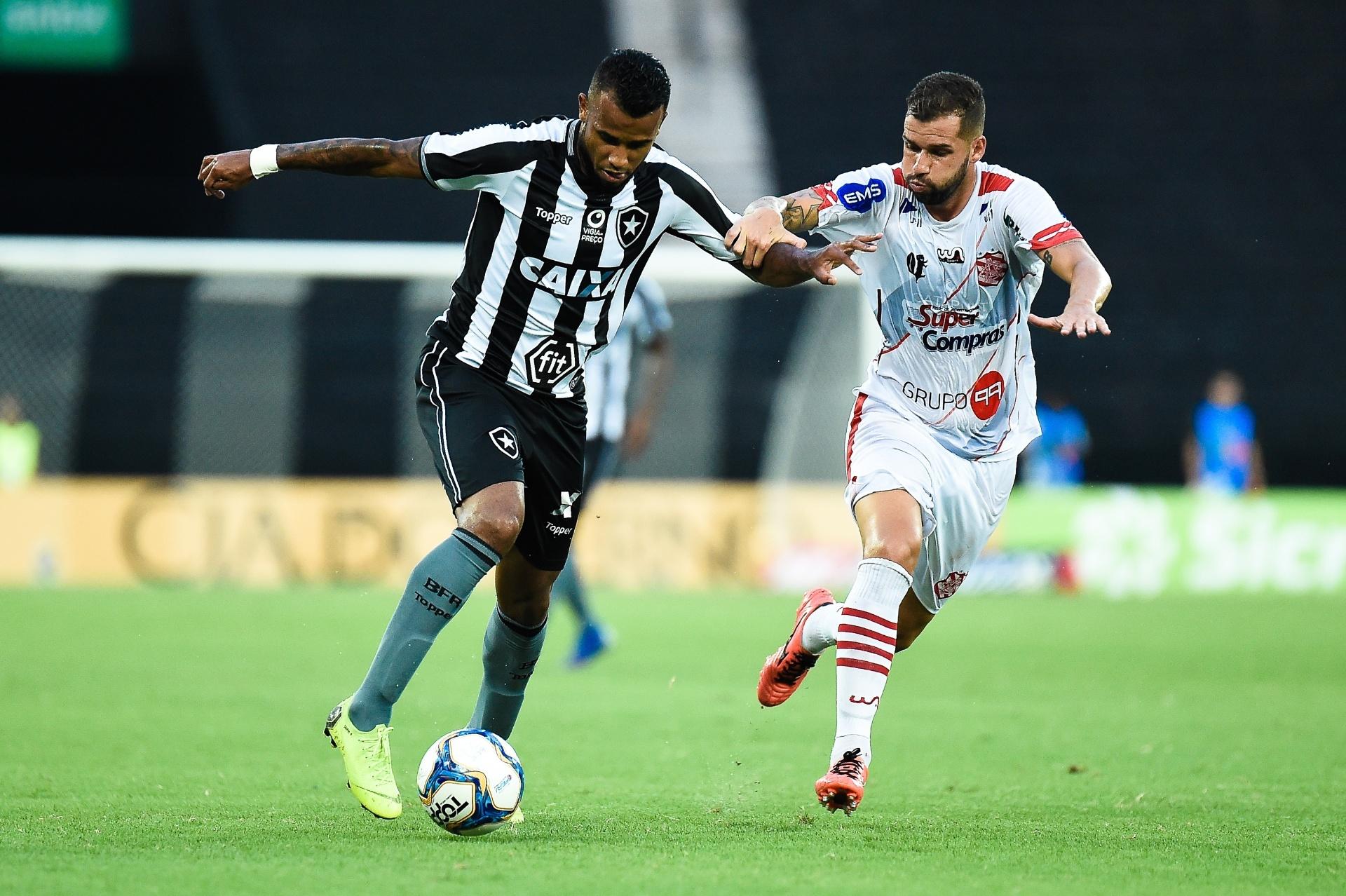 d423cc3942 Botafogo empata com Bangu e amplia desconfiança antes de encarar Flamengo -  23 01 2019 - UOL Esporte