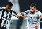 """Alex Santana comemora golaço pelo Botafogo: """"Estamos evoluindo"""" - Thiago Ribeiro/AGIF"""