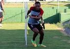 Vitória acerta contratação do lateral Fabrício, ex-Vasco e Cruzeiro - Mauricia da Matta/EC Vitória