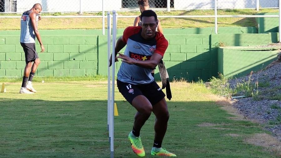 Fabrício treina na Toca do Leão desde o começo de fevereiro - Mauricia da Matta/EC Vitória