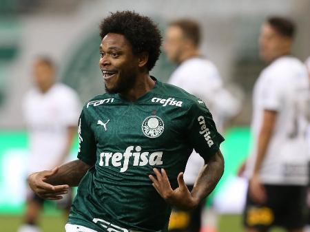 Palmeiras vence o Corinthians e é campeão paulista