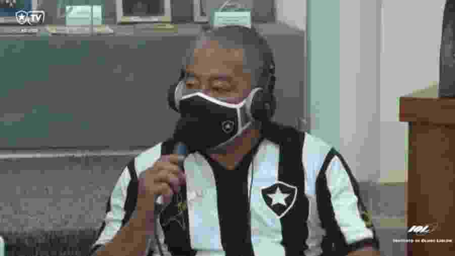Jairzinho durante participação na Botafogo TV; comentário machista gerou resposta da Federação Paulista de Futebol - Reprodução