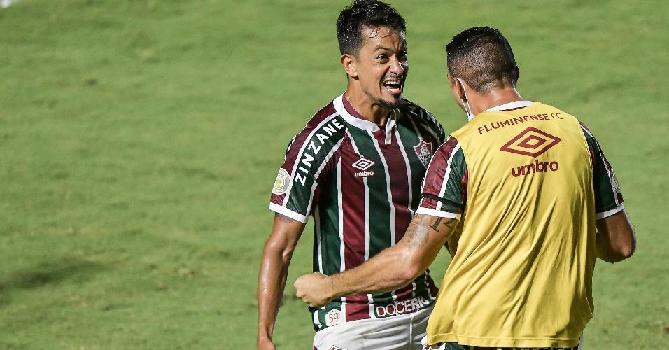 Lucca comemora seu gol marcado contra o Botafogo, pelo Brasileirão