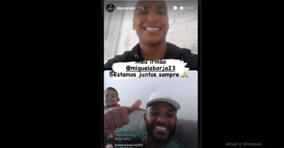 Deyverson e Borja fazendo live no Instagram