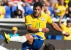 Brasil vence Costa Rica e chama mais atenção com banco do que com jogo - Léo Corrêa/Mowa Press