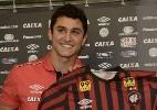 Atlético-PR é acusado de coação por dívida com jogador; contrato é suspenso - Gustavo Oliveira/Site Oficial do Atlético-PR
