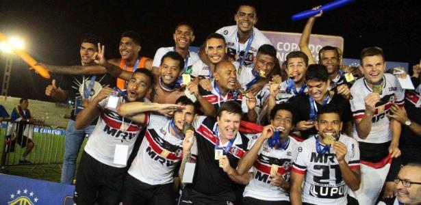 Santa Cruz foi campeão da Copa do Nordeste no ano passado