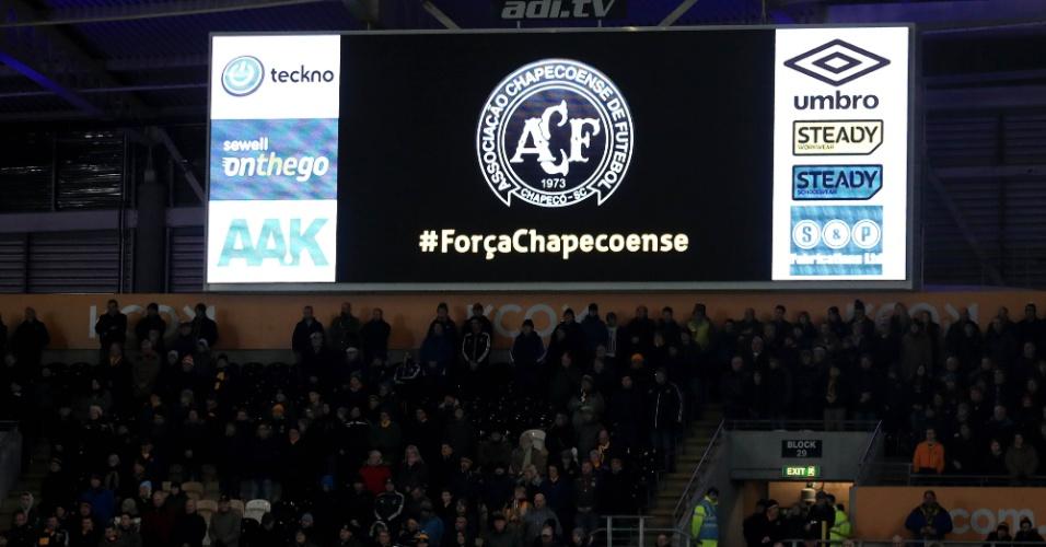 Placar da partida entre Hull City y Newcastle United menciona Chapecoense