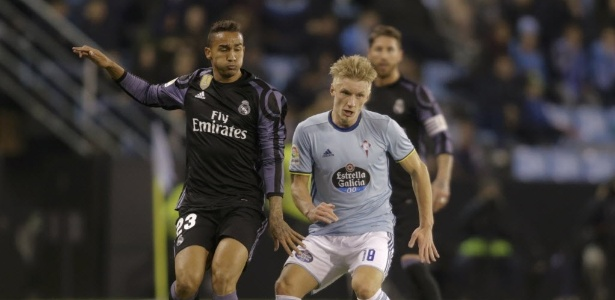 Danilo (à esquerda) terminou a temporada como reserva do Real Madrid - REUTERS/Miguel Vidal