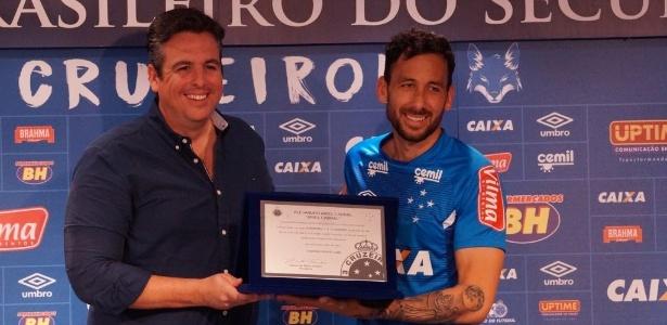 Titular absoluto de Mano é o sétimo gringo a completar mais de 100 jogos pelo Cruzeiro