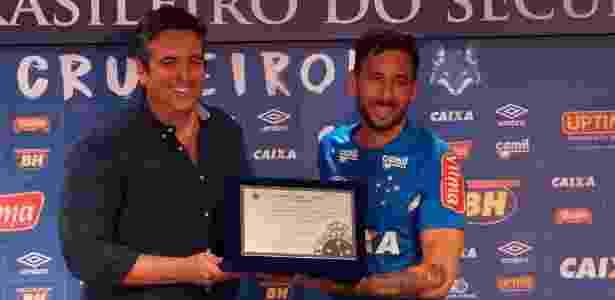 Titular absoluto de Mano é o sétimo gringo a completar mais de 100 jogos pelo Cruzeiro - Divulgação/Cruzeiro