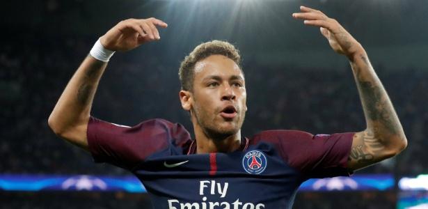 Neymar comemora gol do PSG contra o Bayern de Munique