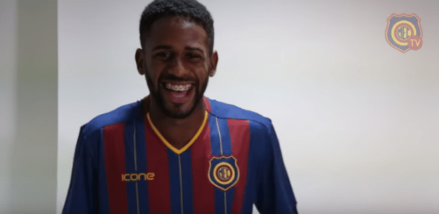 Ruan (foto) jogou a Série B pelo Boa Esporte assinou por empréstimo até o final de 2018